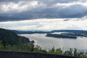 42 Columbia River from Crown Point