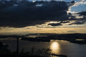 54 Columbia River from Crown Point